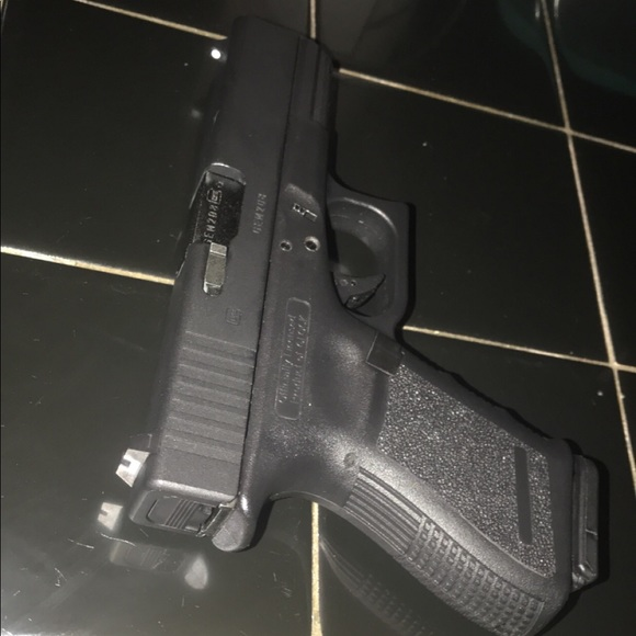 Official glock 19